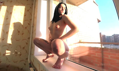 Linda Near the Window in Sunny Day; Gorgeous Amateur Brunette Solo Masturbation