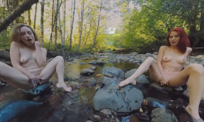Ana Molly & Belle Mutual Masturbation Outdoors - Amateurs Fingering Outside