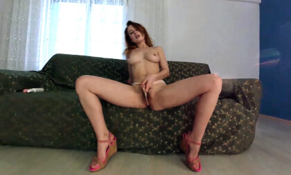 Lida Plays with Pinky Toy