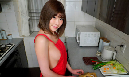 Yuuna Ishikawa – Naked Apron Cooking Nabe Creampie Sex Part 1
