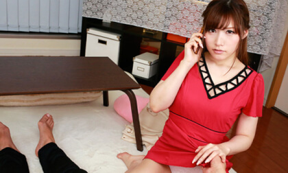 Akari Maijima – Sex With My Girlfriend While She's on the Phone Part 1