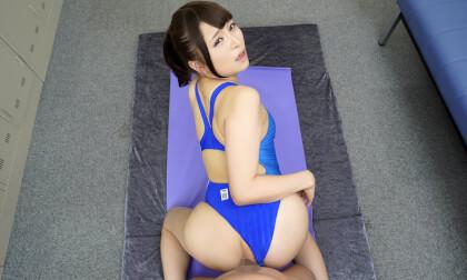 Momoka Katou – Competitive Swimmer VR