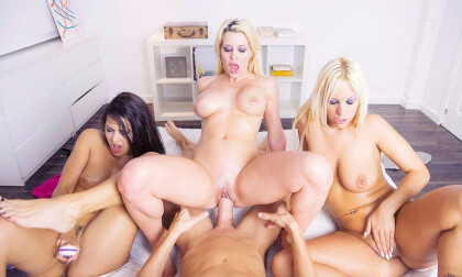 Oily Birthday - FFFM Orgy