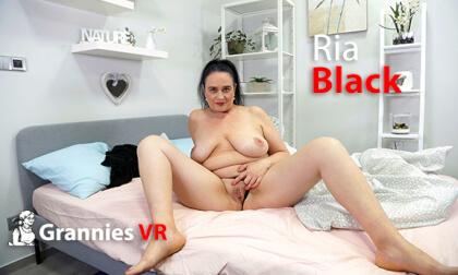 Ria Black Solo