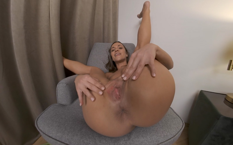 Sexy Canadian Small Tits Mom Alyssa Reece In Pantyhose Thefappeningblog 1