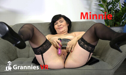 Minnie Solo - Granny Shaved Toying