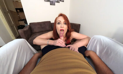 Isabella Lui: Lingerie Blowjob - Busty Redhead Amateur Sucks Cock in VR