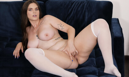 Chubby Ballerina Doll - Voluptuous Amateur Solo