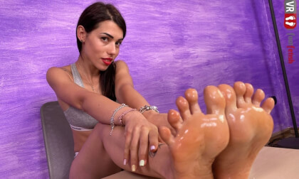 Sexy Brunette Petra Pours Some Oil On Her Nylon-Clad Feet; Foot Fetish VR Solo
