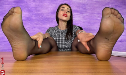 Sexy Boss Petra Knows You Have A Foot Fetish - Nylon Stockings on a Tall Brunette