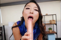 VR Porn Yuri Honma – Hot Slut in a Front-Zipping Leotard and Boots