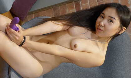 Horny Lina Lee Gets The Wanted Orgasm With A Toy - Asian Teen Amateur Solo