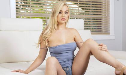 RealJamCasting: Blake Blossom - Blonde Pornstar Blowjob and Fuck