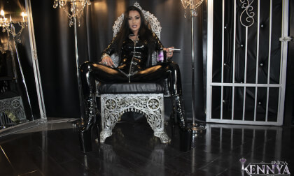 Perfect session! - Mistress Kennya Smoking Solo