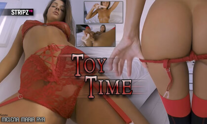 Toy Time - Hot Russian Babe Solo Masturbation VR
