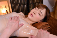 VR Porn Nono Yuuki – Frustrated and Horny Esthetician Gives a Creampie