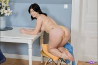 VR Porn Bright Solo Orgasm On A Chair