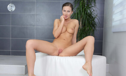 Fantastic Orgasm In Bathroom - Shaved Solo Model Fingering