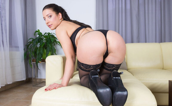 Therese Bizarre Pulling Stockings From Juicy Pussy - Nylons Foot Fetish