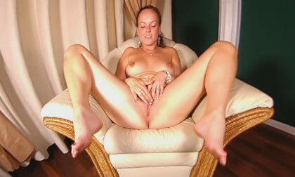 Pauline - The Horny Masturbation Miracle