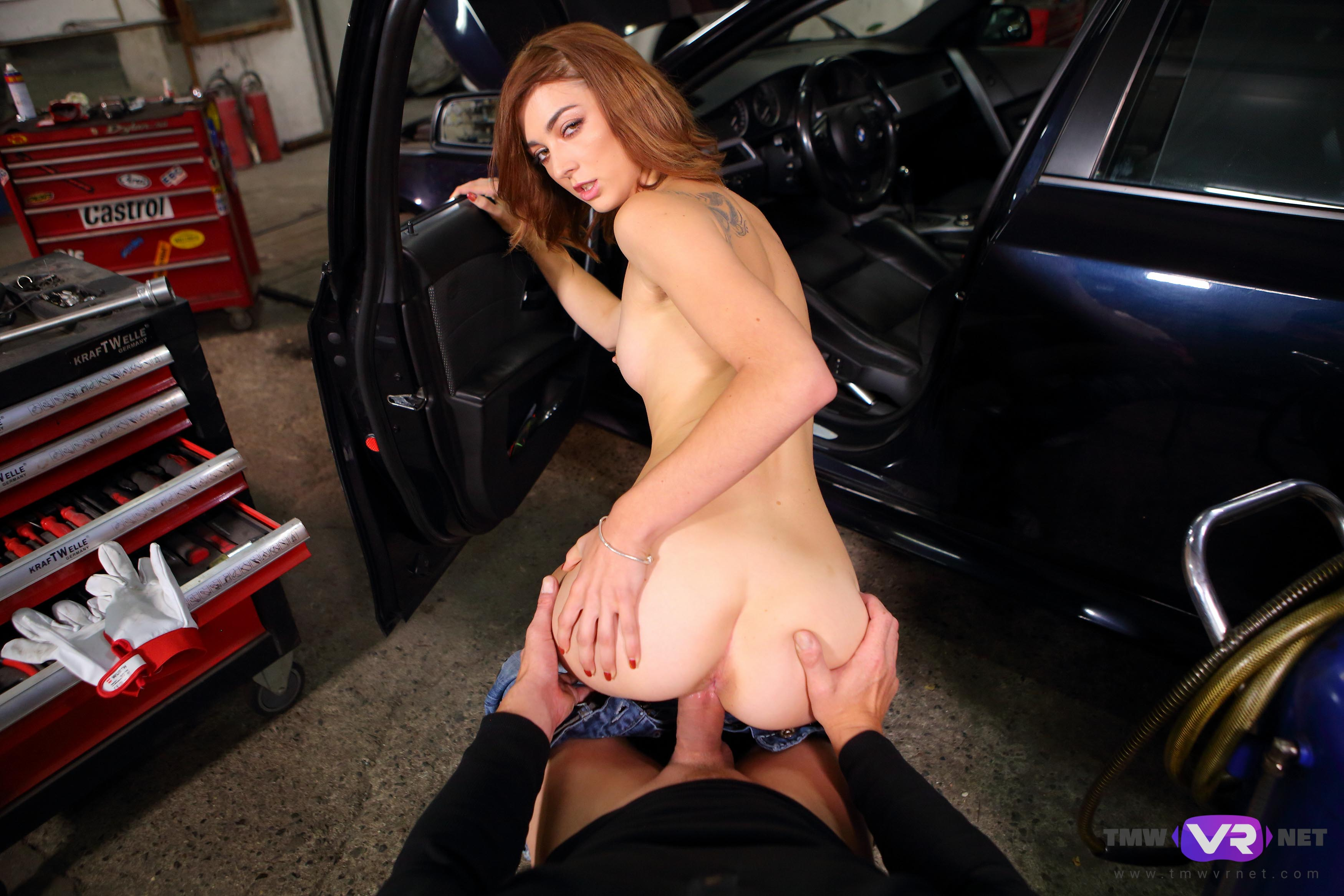 Hot Car Mechanic Offers Extra Sex Services - Tmwvrnet -4295