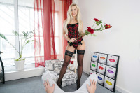 Coming Home To Lola VR porn