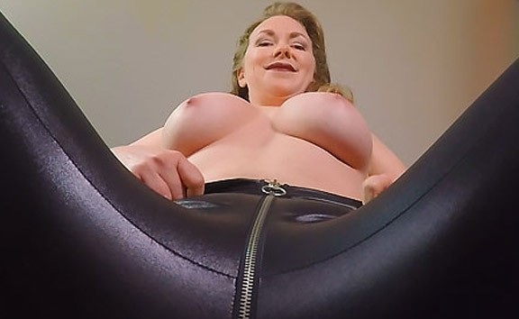 The Upskirt Collection: Mistress T Facesitting - Busty MILF Voyeur