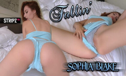 Fallin - Sexy Star Striptease