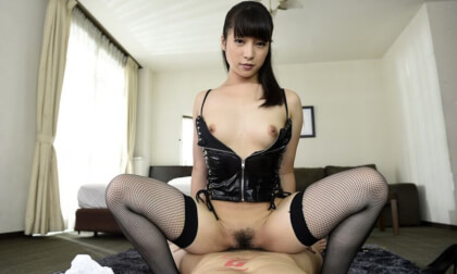 Miho Nakazato – Licking and Whips