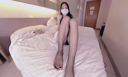 Cute Asian Wants to Feed You Her Feet 6