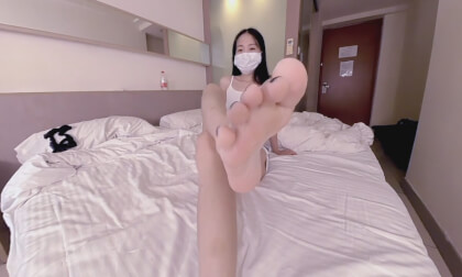 Cute Asian Wants to Feed You Her Feet 10