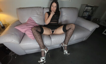 Emma Secret - Show Off Your Cunt... - Amateur Fingering Stockings