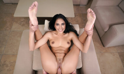 Tourist From Venezuela - Hot Latina Saying in your Apartment