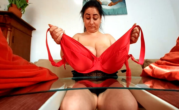 Alices Giant Boobs Against a Glass Plate - Huge Tits BBW