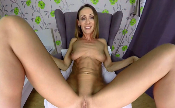 Cynthia Vellons Casting - Redhead Toying Amateur