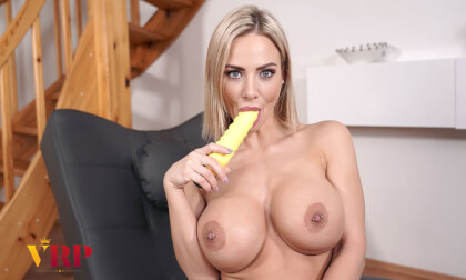 Pop Her Cherie - busty Blonde Porn Star Solo