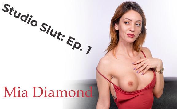 Studio Slut: Ep. 1; Sexy Amateur Solo