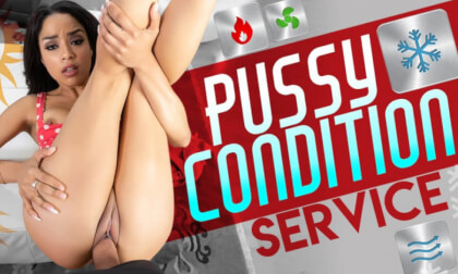 Pussy Condition Service - Exotic Babe in the Living Room