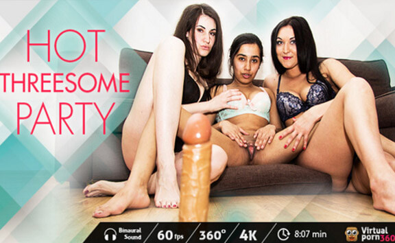 Hot Threesome Party